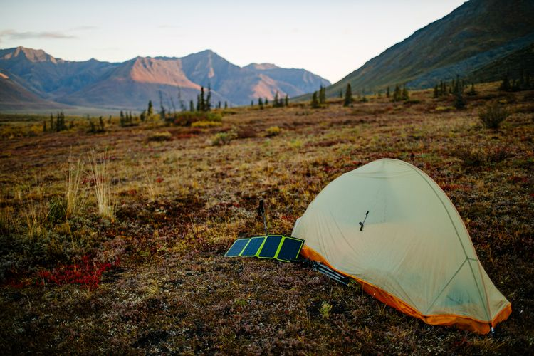 Base camp. Arctic Circle, Alask - thinktomake   ello