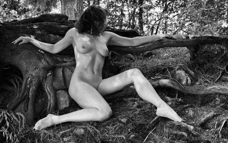 (2019 - NudePhotography, TumblrRefugee - refined-love | ello