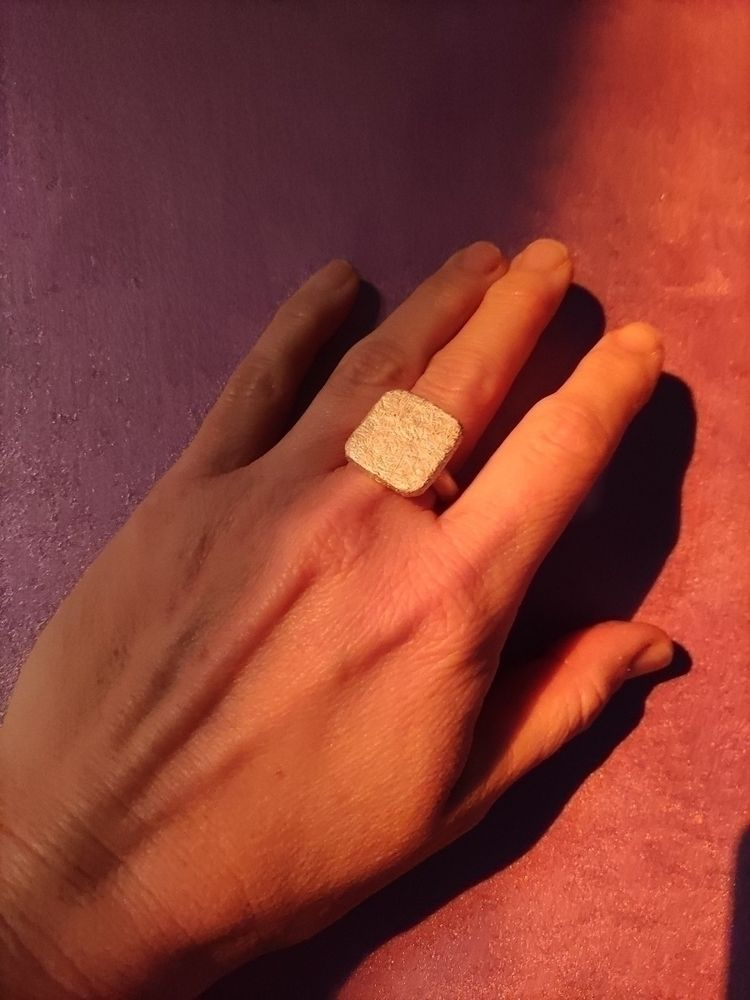 Silver square ring texture autu - mariaelen | ello