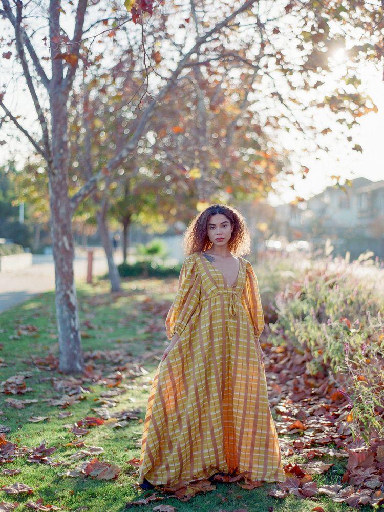 Alyssa film Contax 645 / Fuji 4 - _radostina_ | ello