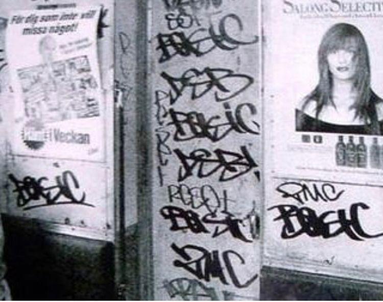 2MC, street crew, image 1987 (c - blundlund | ello