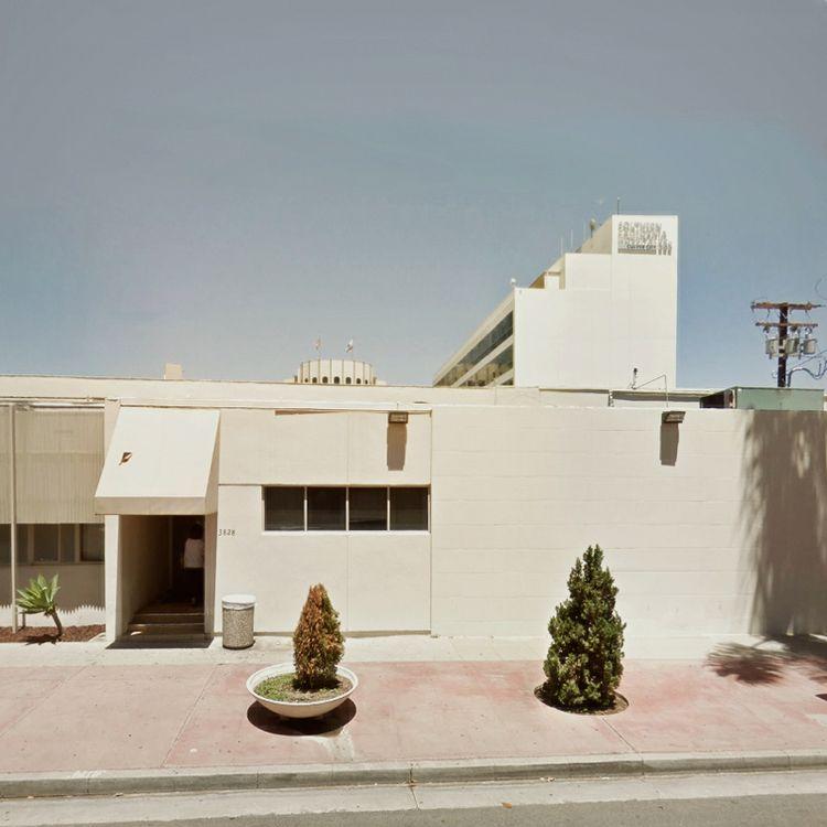 Walls / Hughes Avenue, Culver C - dispel | ello