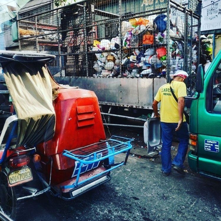 philippines, streetphotography - ulf_buschmann | ello