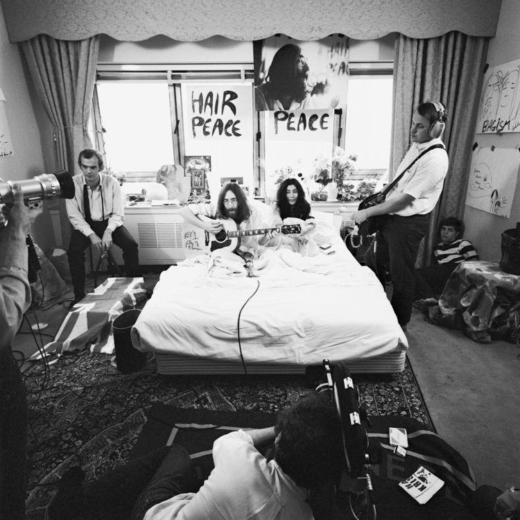 Yoko Ono John Lennon. 1969 Quee - peligropictures   ello