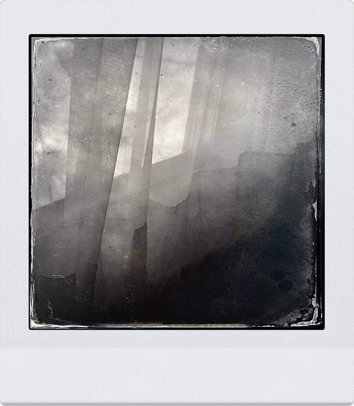 Abstract 1/24/2021 - iphonephotography#blackandwhitephotography - naturesmiles | ello