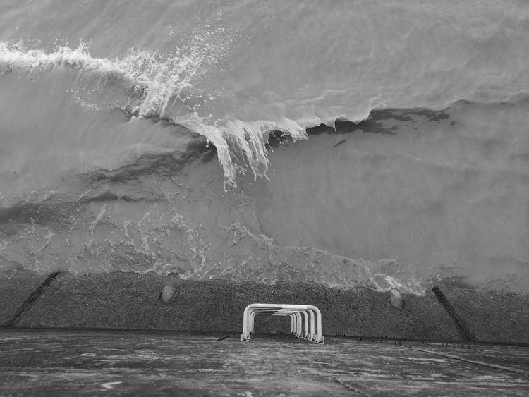 Wave. Qiantang River Hangzhou,  - reburton | ello
