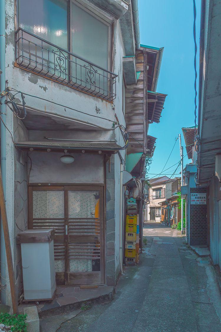 Road , 2021, Tokyo Japan. photo - anthonypresley | ello