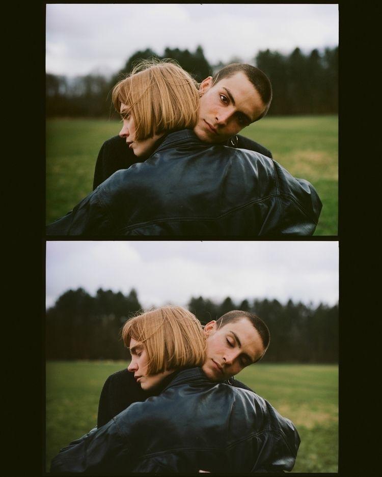 hugging - photography, film, portrait - mrjose   ello