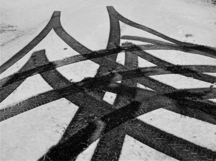 Prints wheels snow - bw, blackandwhitephotography - taari | ello