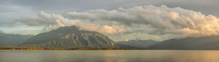 Good Night Moana… Lake Brunner - peter_kurdulija | ello