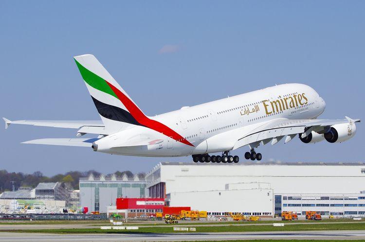 Emirates Airbus A380-842, A6-EV - brummi | ello