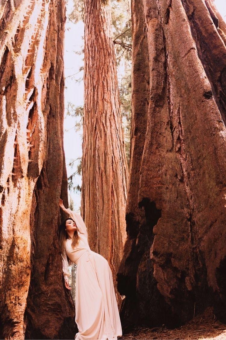find Model Juniper Sequoia Nati - racheldashae   ello