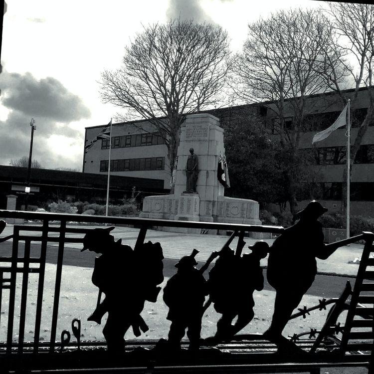 Wire#Building,#Cenotaph#Remembr - zawnguy | ello