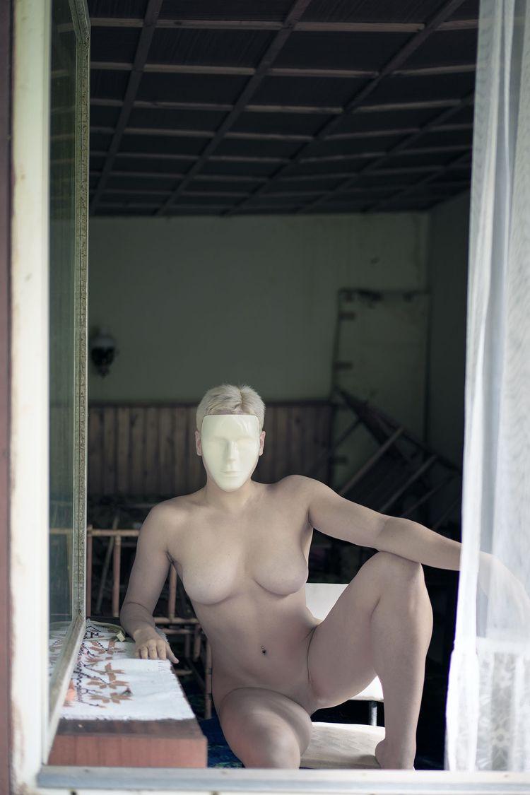 Sexless. Künstlerische Nackthei - _art-of-nature_ | ello
