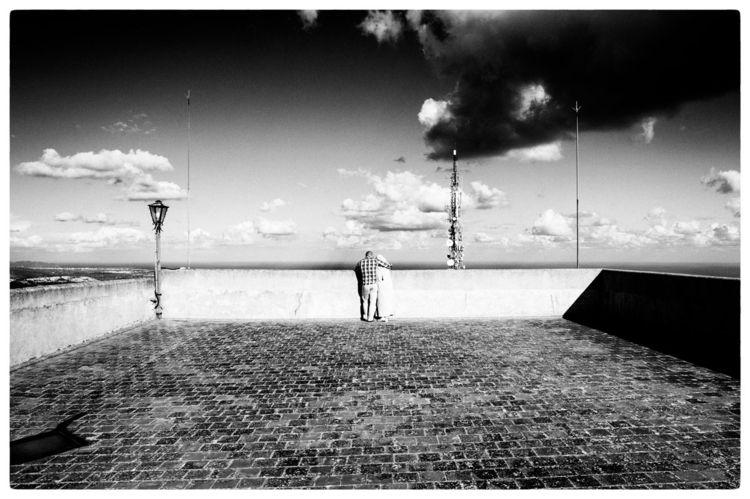 SYNCHRONICITY | moment pieces m - delafoi | ello