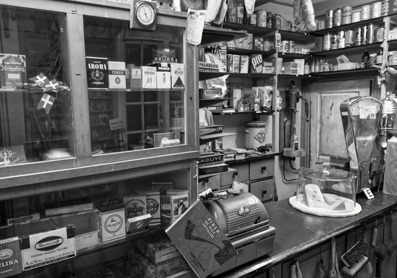 grocery store frozen time - blackandwhite - janconphotography | ello