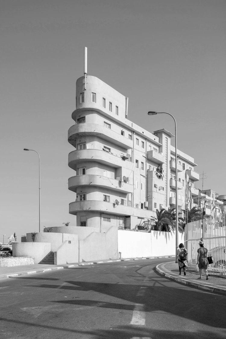 Simeon Levi House - Arieh Cohen - bauhaus-movement | ello