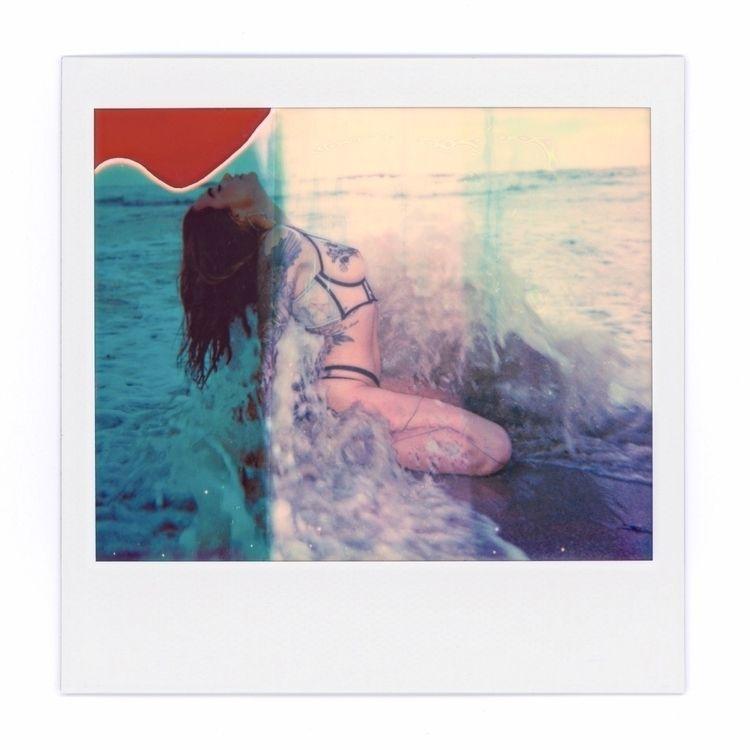 polaroid, polaroidspectra, boudoir - aglassbrightly   ello
