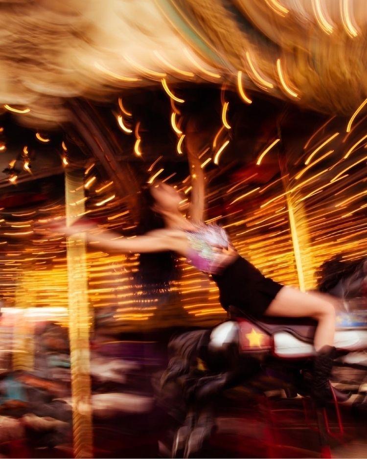 ride - photoshoot, motionblur, slowshutter - samanthahearn | ello