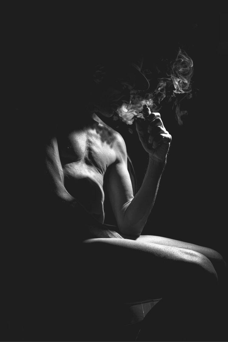 selfportrait, body, naked, nude - photocharly046 | ello