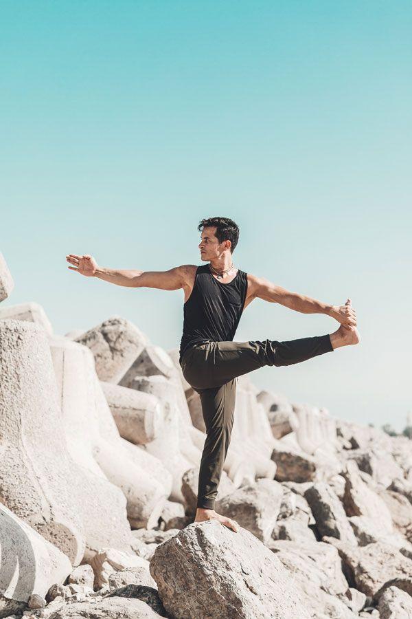 Private Yoga Abu Dhabi teachers - vishnuyoga   ello