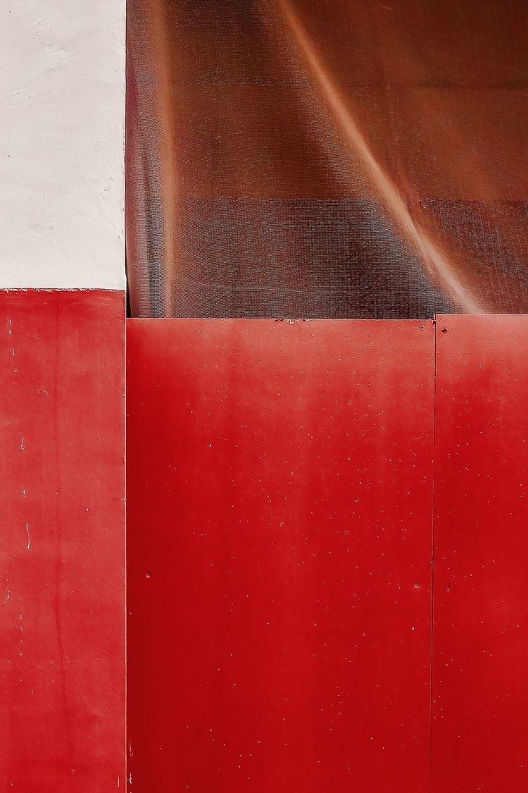 | 2017  - steffentuck, red, wall - steffentuck | ello
