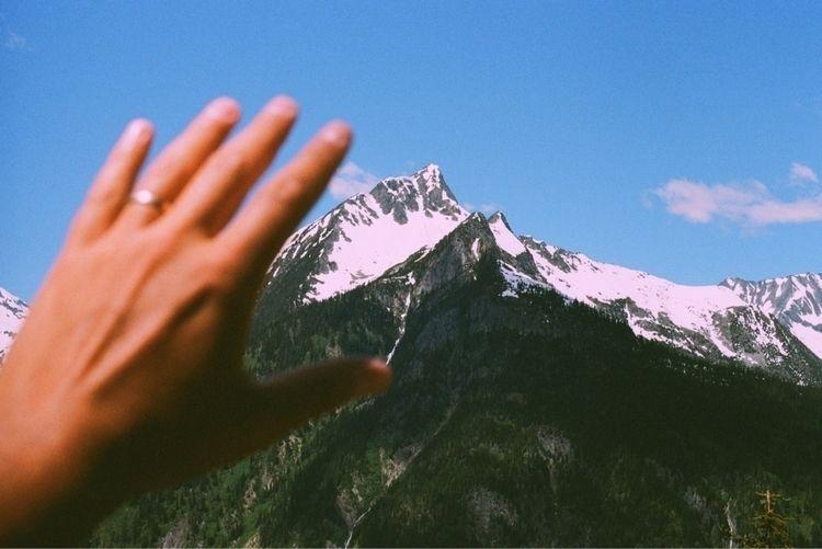 summit - rjov | ello