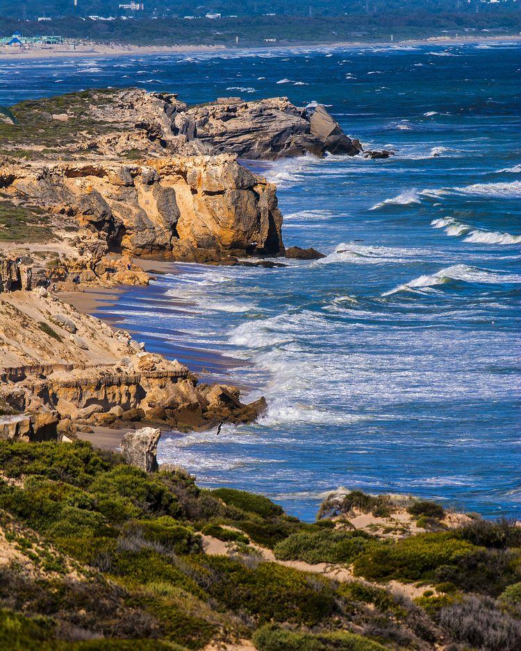 anglers rocks Bay Africa - False - christofkessemeier | ello