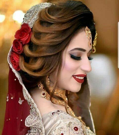 Professional Bridal Makeup Arti - poonamlalwani | ello
