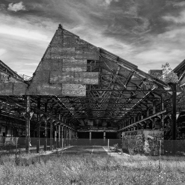 Abandoned building - BW, Cleveland - paulghellothere | ello