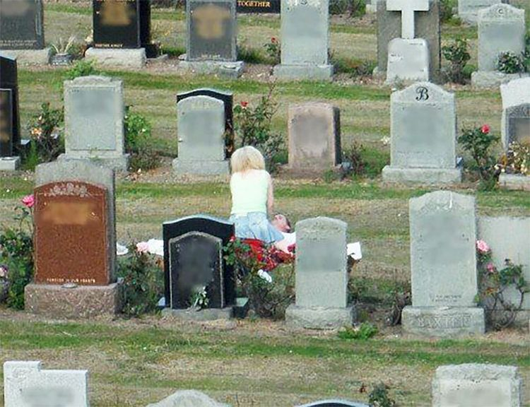 Cemetery Coupling hormones, wav - wmdawes | ello