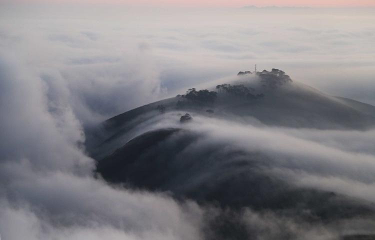 cloud-waves.jpg