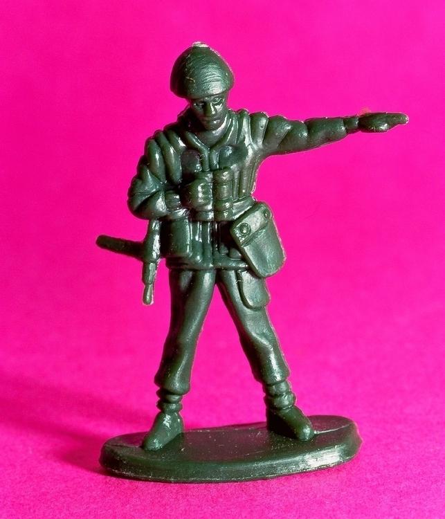 ARMY MEN-3.jpg