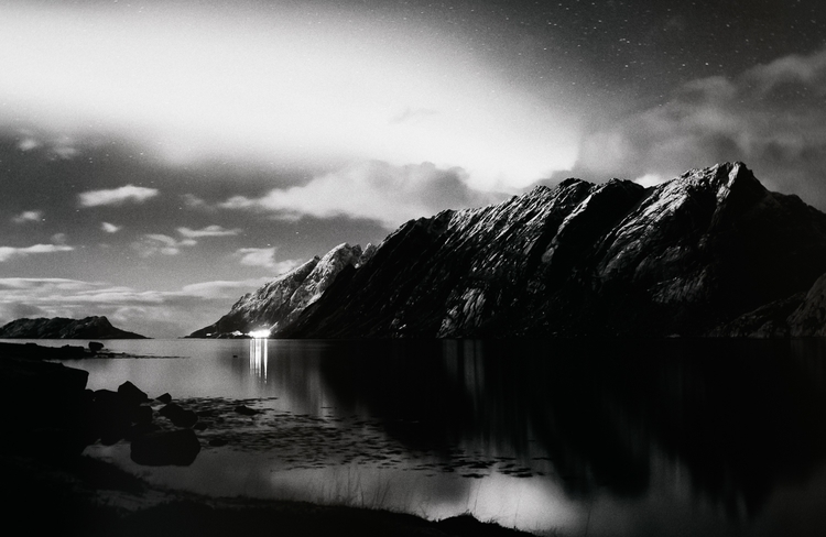 Lofoten Aurora_Night Light Mono copy.jpg