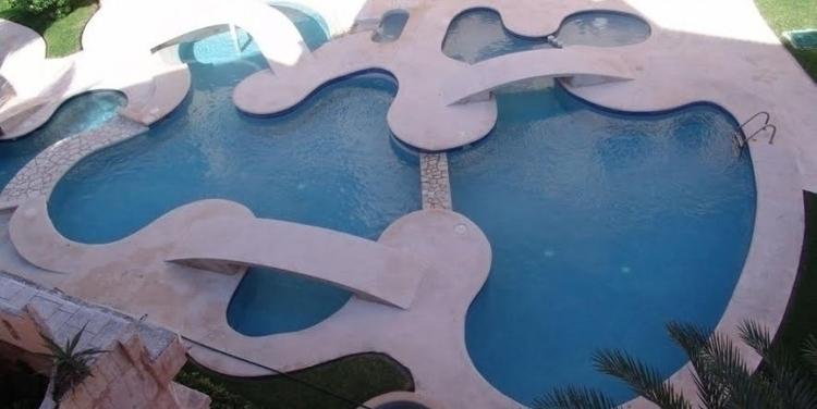 pool-770x386.jpg