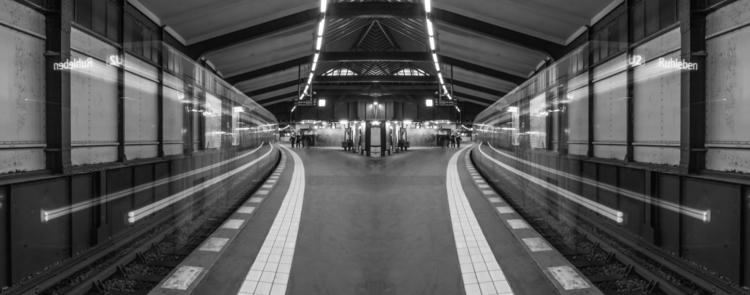 Robert Emmerich - 63 B+W Mirror City - Long exposure at the U2 subway station in Berlin - Germany.jpg
