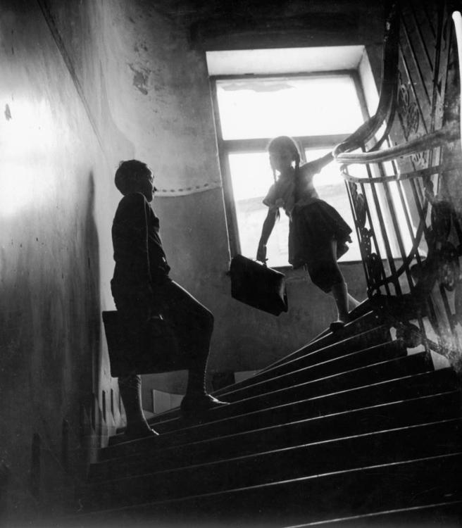 Endre Friedmann, On the Way to School, 1964 ~ 12828497_1058239954228777_4859741019752169086_o.jpg