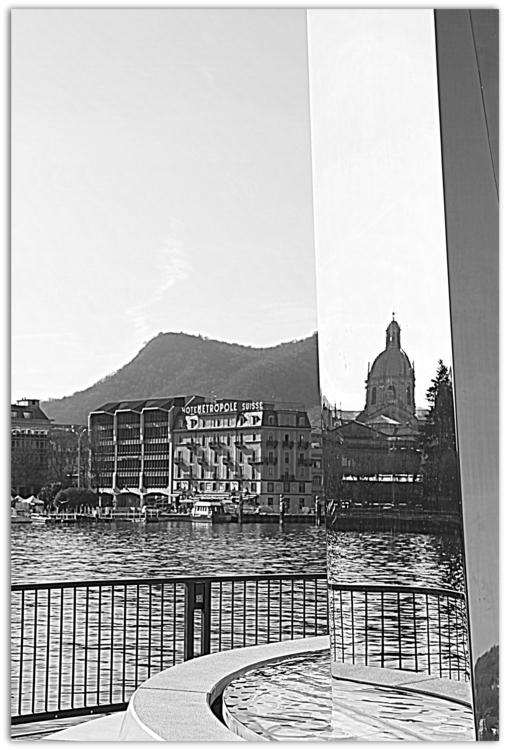 Duomo Como riflesso.jpg