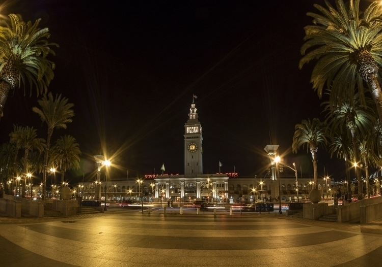 sanfran_Ferry_building_night.jpg