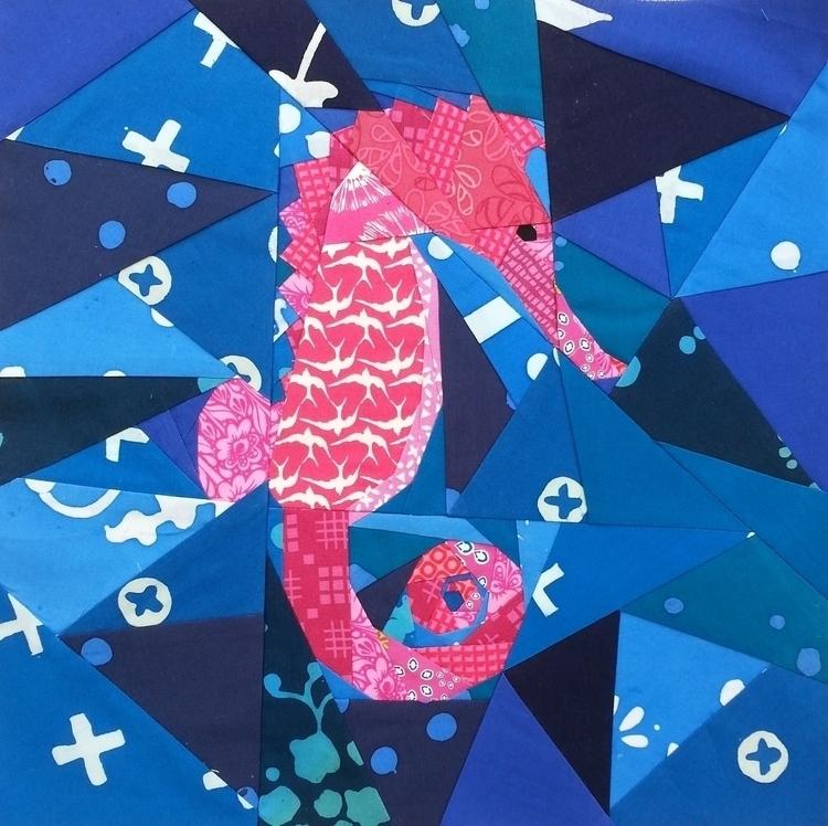 mini seahorse pink.jpg