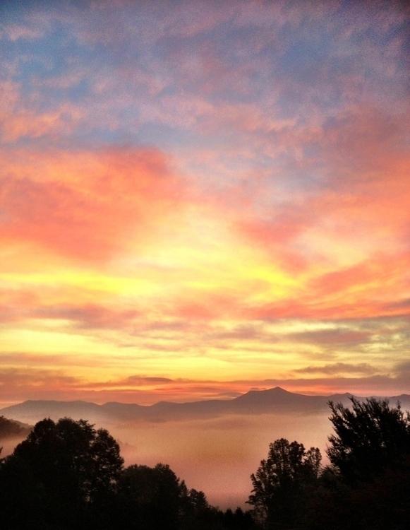 NC sunrise 05.19.13.2.jpg