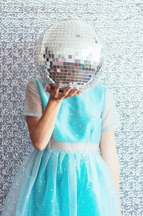 bola-disco-fiestafacil.jpg