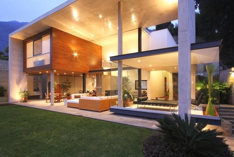 s-house-1.jpg