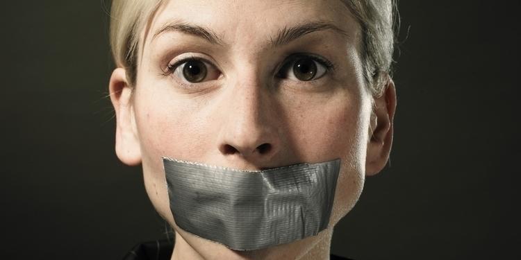 i.huffpost.com-gen-1588985-thumbs---o-WOMEN-MOUTH-TAPE-facebook-001.jpg