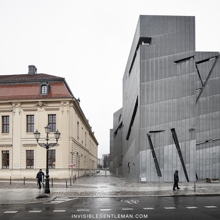 jewish-museum-daniel-libeskind-berlin-invisiblegentleman-©IG005001016