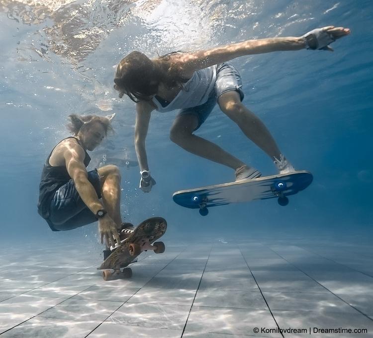 skateboarding_69274552.jpg
