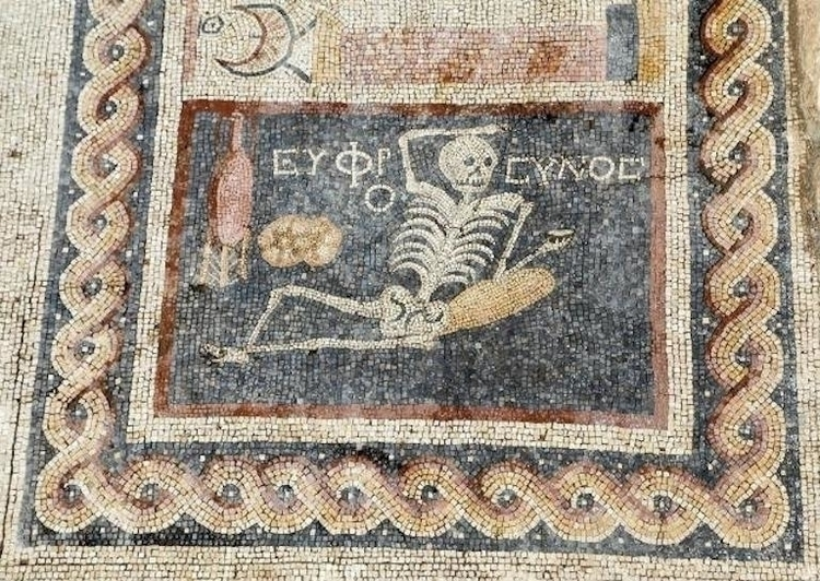 cheerful-skeleton