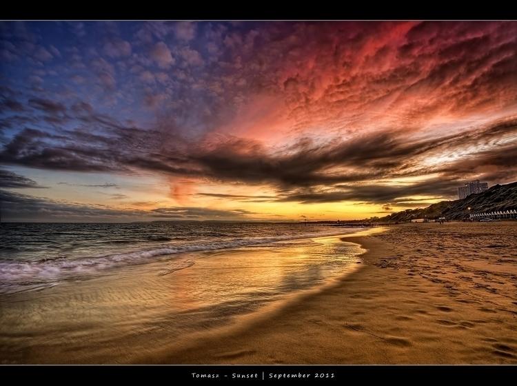 2011.35 - Sunset - Frame.Facebook.jpg