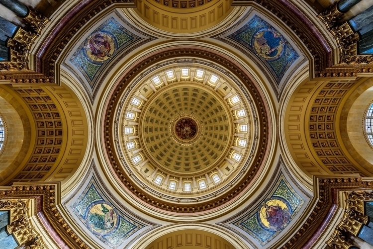 Under The Dome-2.jpg