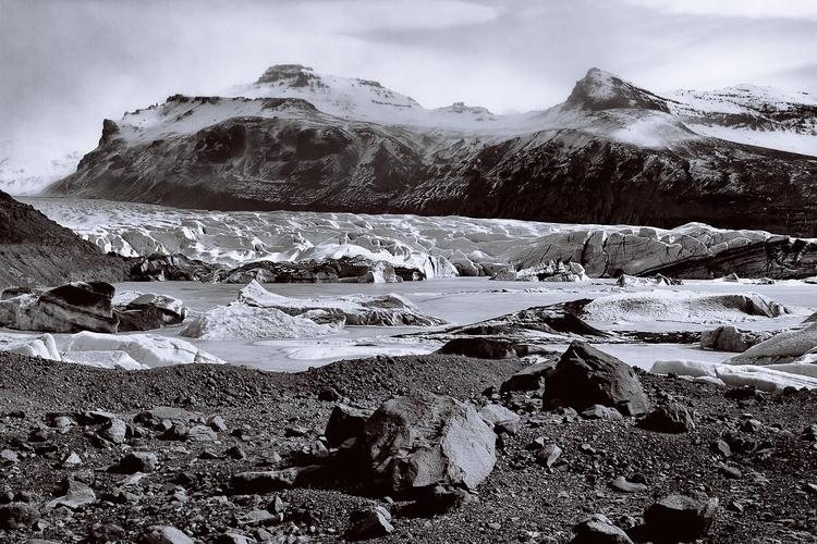 Svinafellsjokull_Glacier Basin.jpg